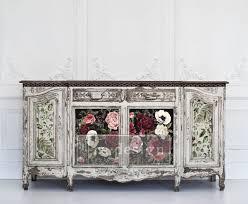 Re-Design transfer donkere achtergrond met roze en witte bloemen